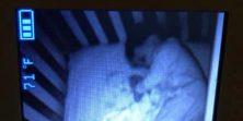 Majka se uplašila jer je vidjela duha pored bebe na nadzornoj kameri - razočarani smo njenom reakcijom