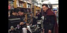 Nismo ovo vidjeli dosad: Benedict Cumberbatch kao Dr. Strange ulazi u prodavaonicu stripova, fanovi oduševljeni