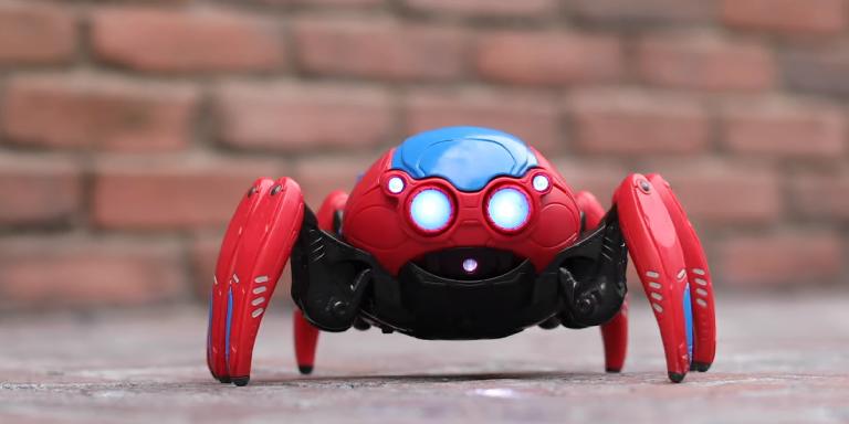 VIDEO Kao Spider-man obožavatelji znamo što želimo za Božić – Spider-Bota