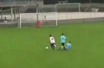 VIDEO Sigurna šansa za gol, pokušao spasiti stvar, pokosio krivog igrača