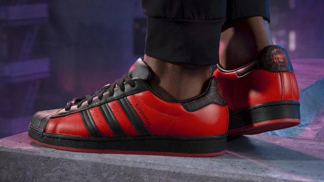 adidas superstar spider man