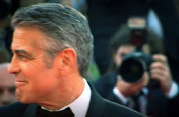 Možda imaš OK prijatelje, ali George Clooney je najbolji prijatelj: 14 najbližih podijelio po milijun dolara