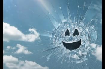 VIDEO Vani je teaser za novu Black Mirror epizodu o 2020-oj, Hugh Grant glavni