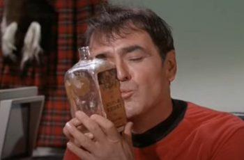 Znaš ga kao Scottyja iz Star Treka: Pepeo Jamesa Doohana lebdi svemirom na ISS-u, prošvercan prije 12 godina