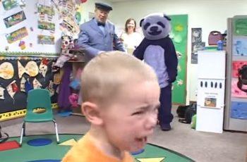 VIDEO Gorit ćemo u paklu jer se smijemo klincima koji vrište od straha zbog plišane maskote