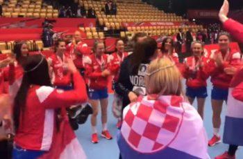 NEOPISIVO: Norvežanke uzele zlato pa krenule pjevati hrvatsku navijačku pjesmu. Ovo je HIT! VIDEO