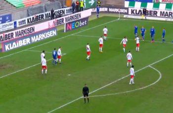 Bivši klub Slavena Bilića izveo najčudniji korner koji smo ikad vidjeli. Je li ovo revolucija u nogometu?