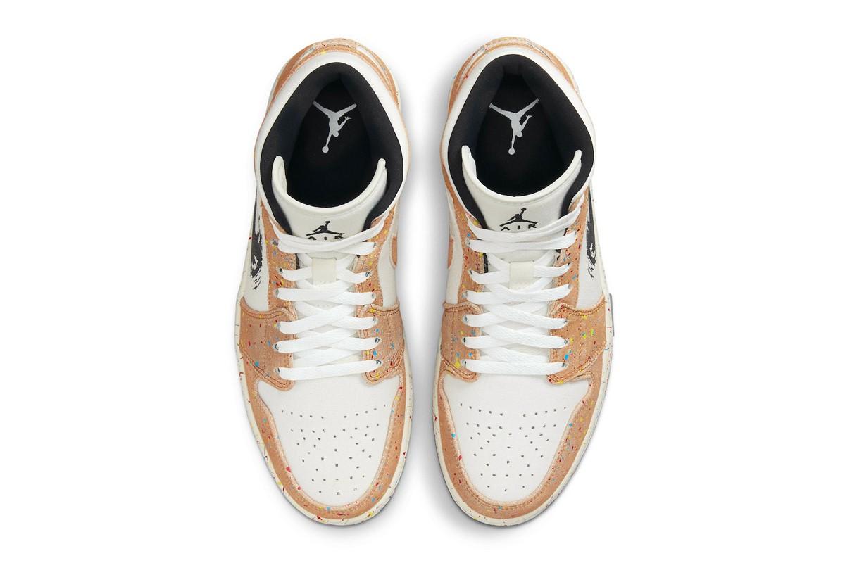 Air Jordan 1 Mid 3