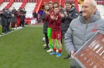 Ne plačemo, ti plačeš: Liverpoolov oružar odlazi u mirovinu nakon 30+ godina, ekipa ga ispratila svjetski