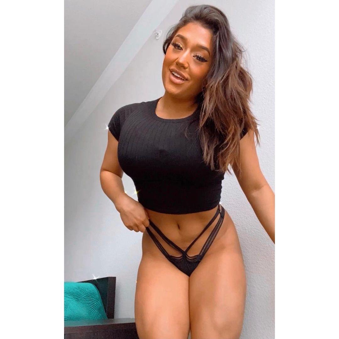 Julia Rene 1