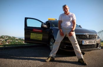 Omiljeni zagrebački instruktor vožnje prešišao milijun pregleda na Youtubeu, osvojio i TikTok