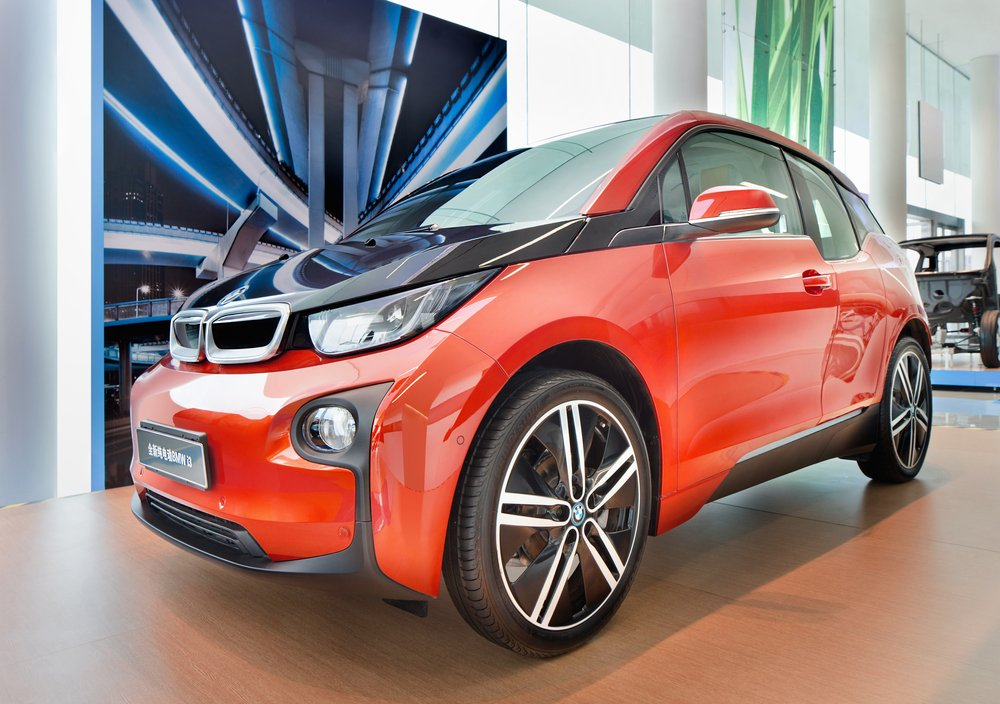 Shanghai-december,9,,2014.,The,New,Bmw,I3,In,A,Showroom.