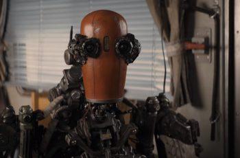 Tom Hanks izgradio robota da mu se brine za psa u novom filmu. Podsjeća nas na Fallout