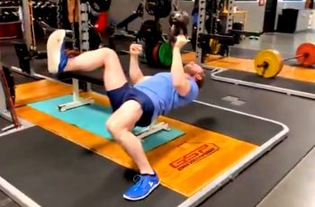 Gotovo nemoguća vježba za prsa postala viralni Internet izazov. Misliš da možeš?