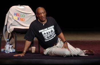 """Bill Cosby """"tužan"""" zbog odgođene stand-up turneje, a za silovanja za koja je optužen – nikom ništa!"""