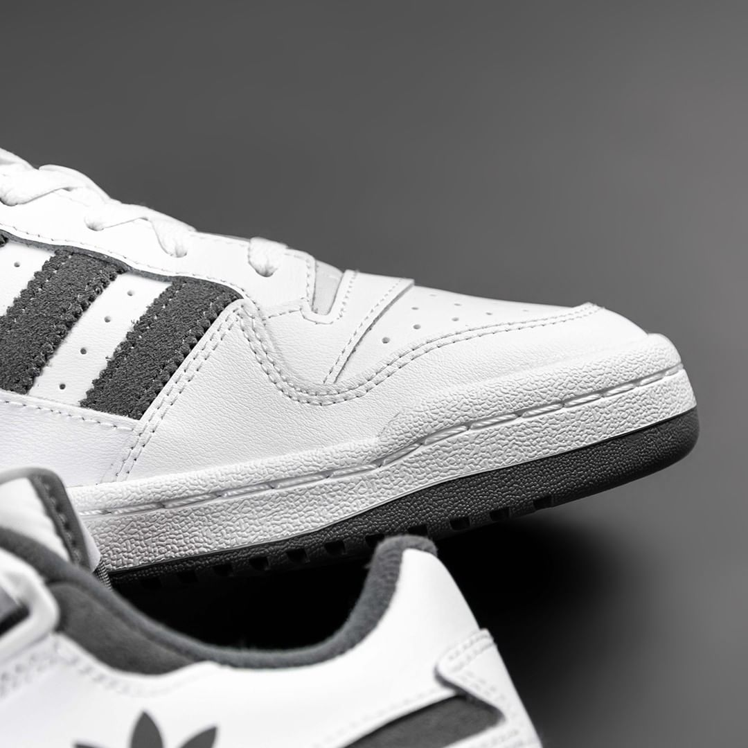 Adidas Forum 7
