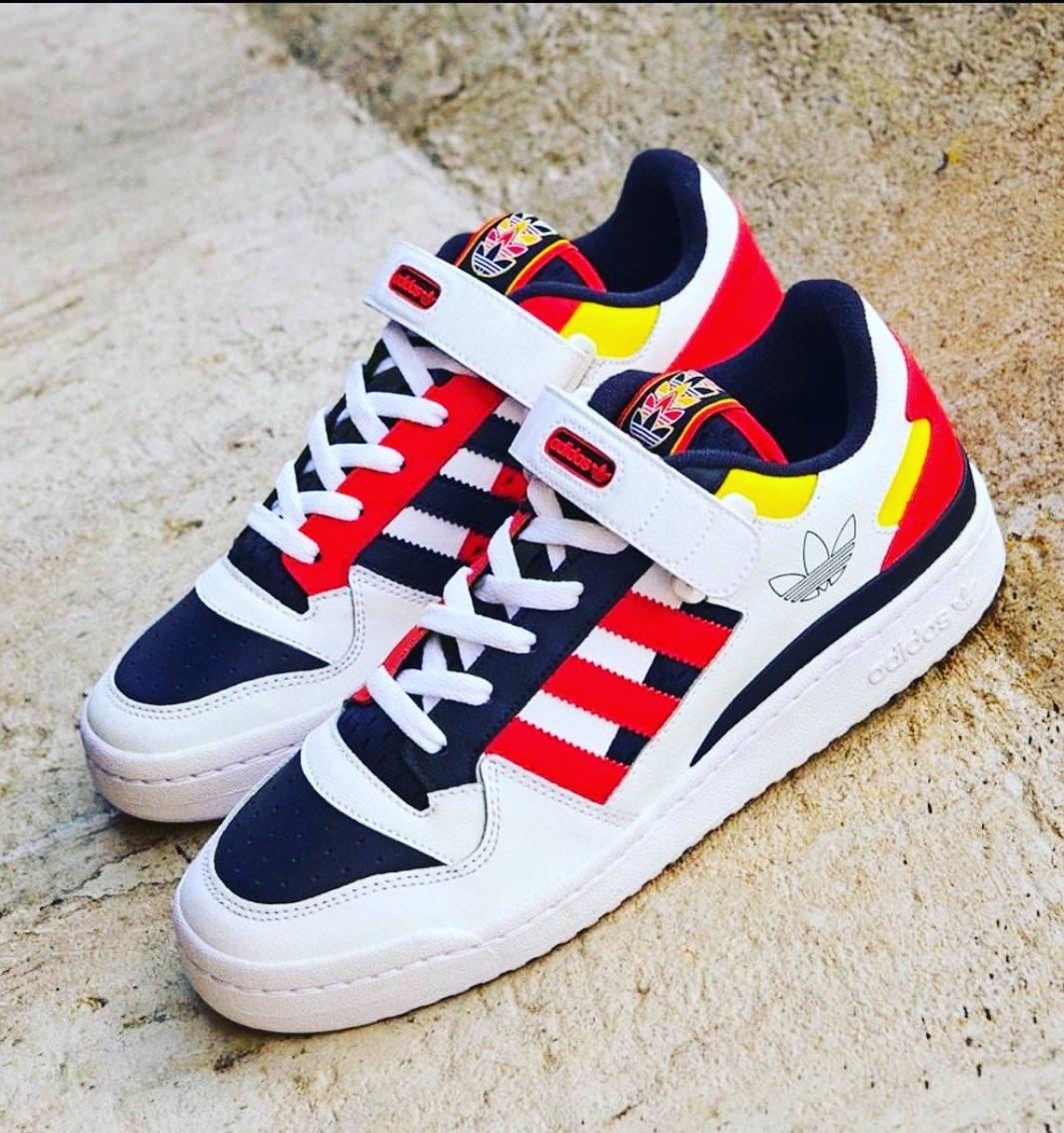 Adidas Forum 9