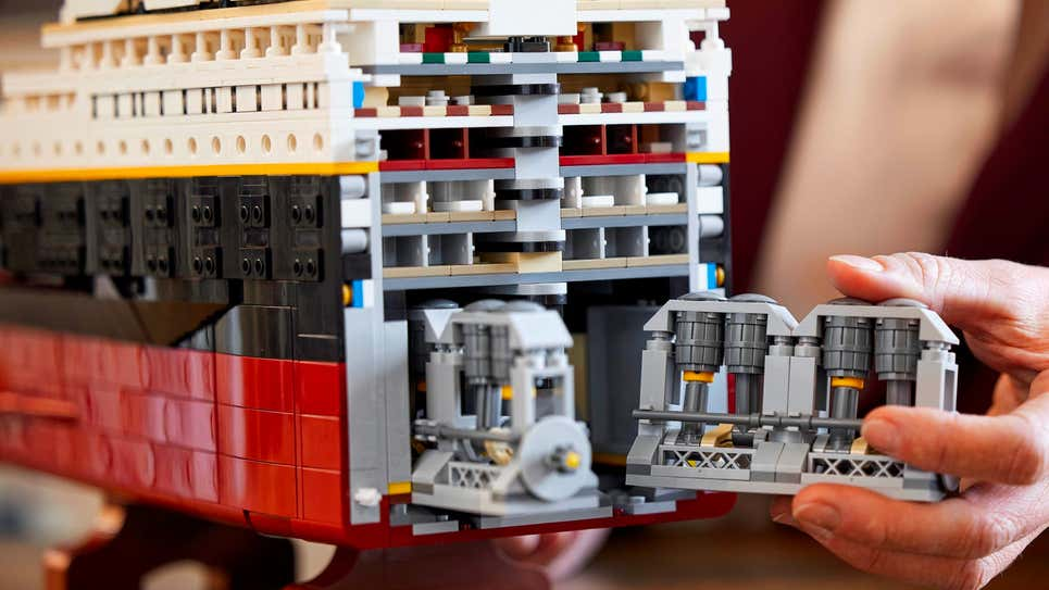 TITANIC LEGO 4