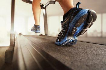 Kako doći u formu bez skupe trake za trčanje? Sve što trebaš je deterdžent za pranje posuđa