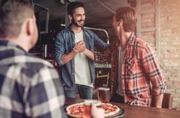 Muškarci iskreno: zašto nije lako biti muškarac i o čemu je teško razgovarati. Pronalaziš li se?